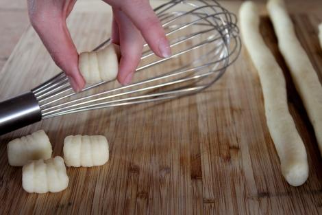 Gnocchi Board Whisk