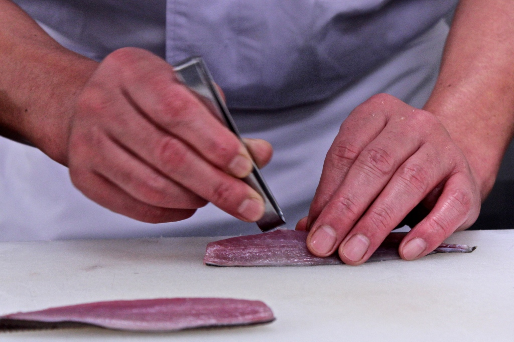 How To Make Sushi: Deboning Mackerel